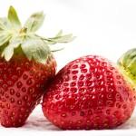 Jak odstopkovat jahody pomocí brčka